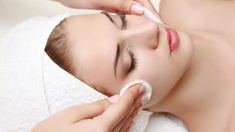 Learn More About Photo Facial Treatments in Delhi