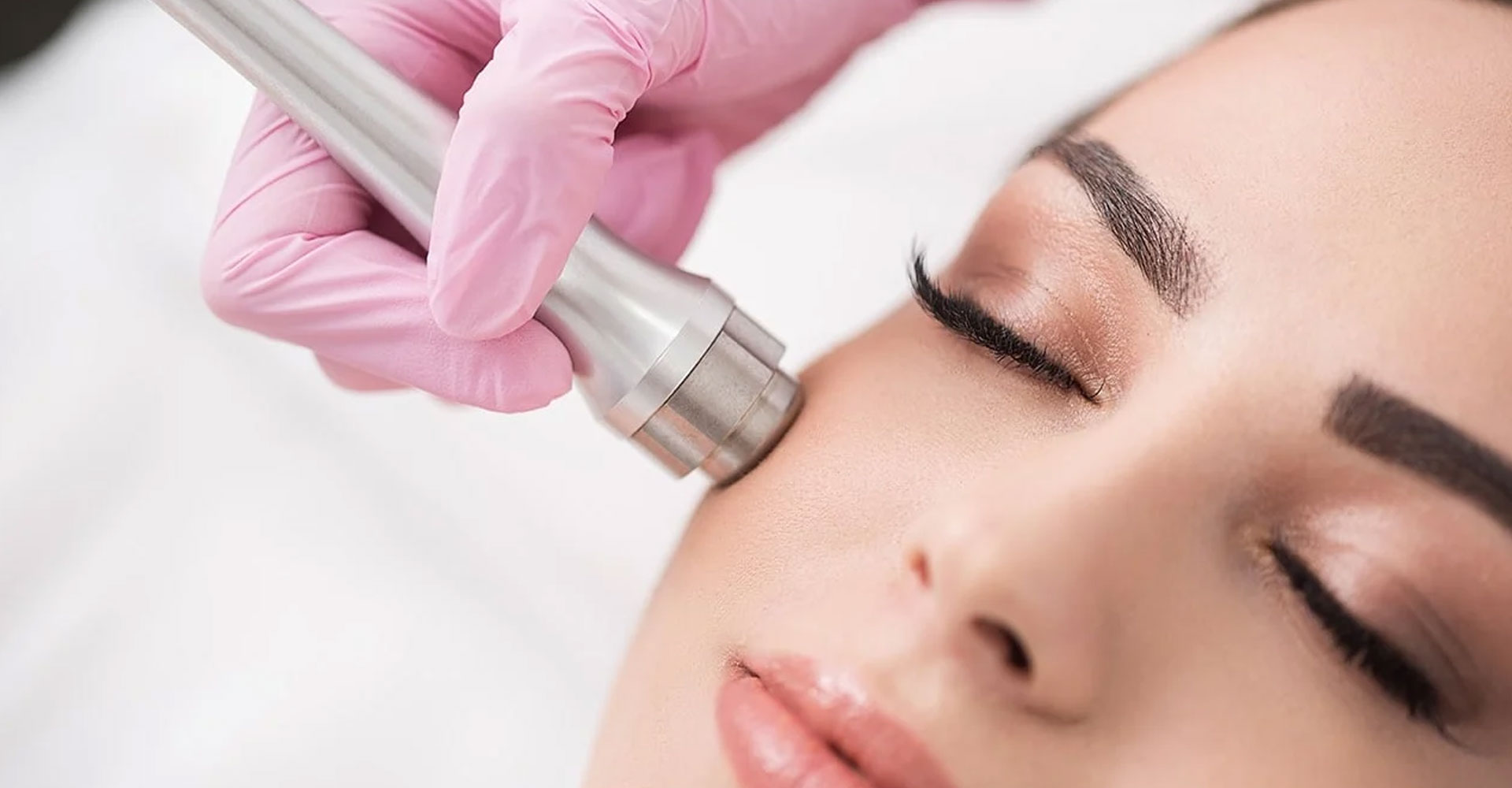 Microdermabrasion Treatment for Glowing and Smooth Skin